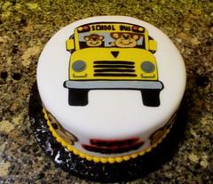 School Bus Cake by Yvonne, Twin Cities, MN, www.birthdaycakes4free.com