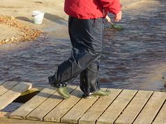 P1060535 (willi2qwert) Tags: beach wet water girl strand women wasser boots trousers wellies rubberboots gummistiefel wellingtons gumboots raingear flooded nass rainboots rainpants regenstiefel