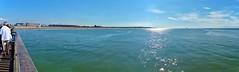 Strand van Calais tot Cap Blanc-Nez van op de pier