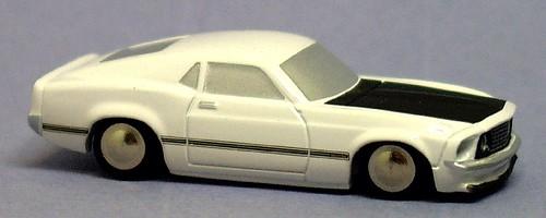 Schuco Piccolo Mustang 90 (1)