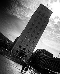 Rascacielos en diagonal (Explore 2014-04-13) (ines valor) Tags: bilbao rascacielos bailen