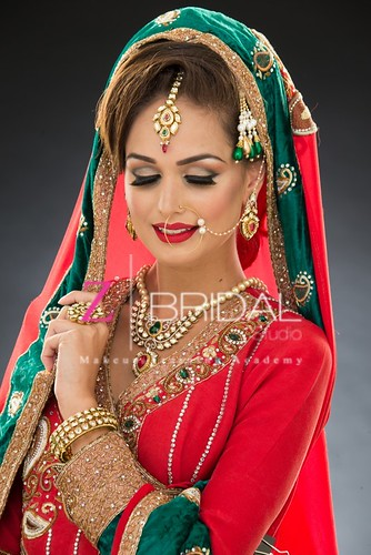 "Z Bridal Makeup 07 • <a style=""font-size:0.8em;"" href=""http://www.flickr.com/photos/94861042@N06/13904230045/"" target=""_blank"">View on Flickr</a>"