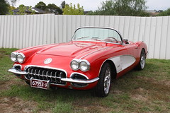 KEILOR CAR SHOW 2017 (RATATAK) Tags: corvette chevrolet chev c1 c1corvette softtop ragtop convertible vert