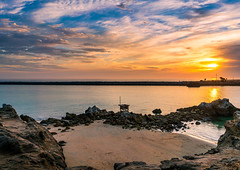 Pirate's Cove Newport Beach (meeyak) Tags: newportbeach newport beach piratescove cdm coronadelmar inspirationpoint travel vacation outdoors oc orangecounty california lookout view meeyak sonyalpha sony a7r2 28mm landscape seascape sunset clouds cloudy warm spring usa emotion feeling