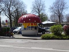 Pilzkiosk in Wangen (markus_rgb) Tags: kiosk fliegenpilz wangen
