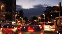Caos de ciudad (gaquinog) Tags: trafico cdmx caos ciudad transito carro coche anochecer