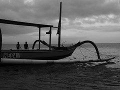Fishing Boat (hooge69) Tags: blackwhite black white fishing boat boot meer monochrom olympus travel live bali asia indonesien sanur beach strand