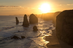 Sunset at the end of the world (Maruša Žerjal) Tags: australia 12apostles shore pillars thegreatoceanroad nature outdoors