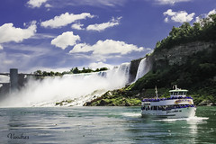 NY0808_0253R_FLK (Valentin Andres) Tags: blue buffalo cataratas green maidofthemist newyork niagarafalls niágara nuevayork river clouds color colour landscape park