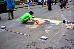 Street Artist drawing Mona Lisa with sidewalk chalk (SamWJL) Tags: chalk drawing artist florence street mona lisa art road incredible talent italy