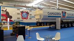 stand-ganaderia-casaseca (GANADERIA CASASECA) Tags: cuba trailer figan maquinaria pienso transporte animales cereales