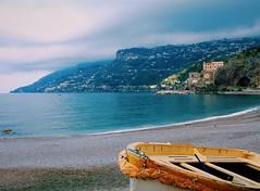 (sofjet) Tags: colors boat mediterranien ocean landscape nature outdoor beautiful seascape seaside sea beach coastline coast europa europe italien italia italy campania amalfi amalficoast maiori