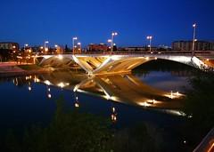 Nocturna  Puente de Santiago (Frenchy&Jesus) Tags: 🌉puente zaragoza aragón rioebro horaazul leika