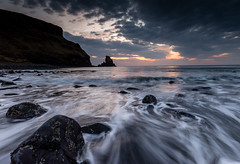 Talisker Bay (Chris Golightly) Tags: talisker scotland skye isle sunset seascape canon 6d