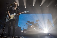 "Placebo - Razzmatazz, abril 2017 - 2 - M63C2522 • <a style=""font-size:0.8em;"" href=""http://www.flickr.com/photos/10290099@N07/33576990603/"" target=""_blank"">View on Flickr</a>"