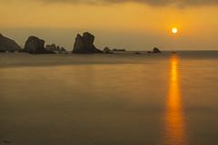 Atardecer en la playa del Silencio. (manuelangelarias) Tags: playadelsilencio sunset asturias marcantábrico atardecer
