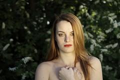 Natural Beauty IV (Paolo Dallavalle) Tags: ragazza girl portrait ritratto nature natura canon eos nudo implicito beauty red head capelli rossi primavera spring skin pelle clear chiara young giovane parco park decolletè