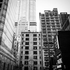 In the streets of Manhattan (PeterCH51) Tags: usa us newyork ny newyorkcity nyc manhattan midtown street highrise building highrisebuilding skyscraper architecture monochrome bw blackandwhite iphone peterch51 square squareformat