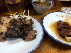 Assorted Pork offal skewers from Ookushi @ Toranomon (Fuyuhiko) Tags: assorted pork offal skewers from ookushi toranomon 大串 虎ノ門 モツ もつ もつ焼き 串 東京 tokyo