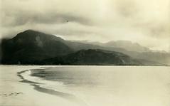 P1.HI1.035 (American Alpine Club Photo Library) Tags: bays kauai hanaleibay coasts beaches
