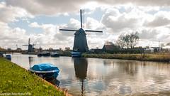 Dutch landscape (peterpj) Tags: lg5 smartphone alkmaar molens mills mlyn sky water landscape