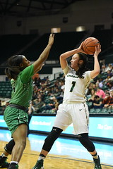 WBasketball-vs-North Texas, 1/26, Chris Crews, DSC_5045 (PsychoticWolf) Tags: 49ers basketball charlotte cusa d1 green mean ncaa ninermedia north nt texas unc uncc unt womens
