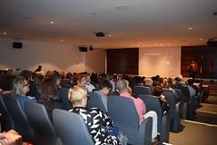 Durante la presentación de la delegada del Gobierno andaluz. (almeriainformacion) Tags: cine documental la fosa borrada del sur memoria histórica almería museo de