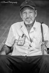 Retirement (Beenie Photography) Tags: havana habana la cuba plaza de armas retired jubilado portrait canon 5d mark iv 70200 mm
