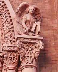 Epiphany Church (neshachan) Tags: pittsburgh pittsburghpa church churchoftheepiphany epiphanychurch angel carving sculpture