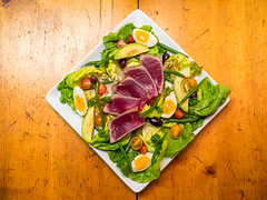 Homemade Salad Nioise with Fresh Tuna (wesleyrosenblum) Tags: salad tomatoes cook homemade chef olives eggs greenbeans tuna adhoc vegatables thomaskeller vinaigrette saladnioise nicoisesalad
