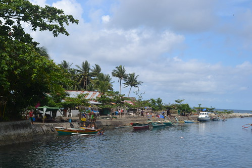 Coastal community in Sicayab, Dipolog City, Philippines. Photo by Sarah Esguerra, 2013.