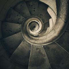 (Con Ryan) Tags: barcelona architecture spiral staircase sagradafamlia antonigaud