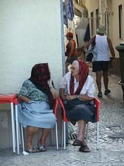 le operativissime vecchiette di Nazar (givanna) Tags: oceano portogallo nazar atlantico vecchiette
