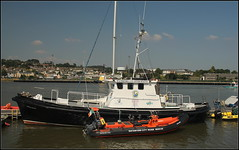 Waterford City River rescue (catb -) Tags: ireland rescue boat quay waterford fa