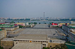 Kim Il Sung Square in Pyongyang (lucien_photography) Tags: road nikon north korea route kimjongil northkorea pyongyang dprk juche democraticpeoplesrepublicofkorea coréedunord 조선민주주의인민공화국 kimjonill d7000 kimillsung nikond7000 kimjongun