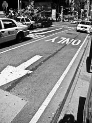 Nueva York (Gonzalo Conde Sez) Tags: blackandwhite newyork byn blancoynegro manhattan bnw nuevayork blackandwhitephotography blackandwhitelovers