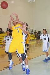 D_97025A (RobHelfman) Tags: sports basketball losangeles highschool crenshaw whitneyjones westadams