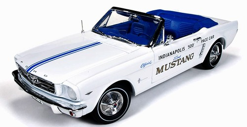 AutoWorld Ford Mustang Pace Car 64