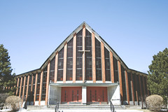 ( CHRISTIAN ) Tags: church architecture montral religion modernism glise modernisme ahuntsic saintsimon montrealguessed gwim