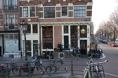 Amsterdam awakens (avista) Tags: prinsengracht papeneiland spring amsterdam thenetherlands cafe people street 35mm rx1 sony zeiss city nederland march 2017 maart 16maart center jordaan