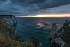 falaises d'Étretat, Normandie, France (boooHguy) Tags: paysages mer sunset étretat etretat sea normandie coucher