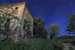 Unexpected signal (eztopo79) Tags: nocturna stars startrails circumpolar pineda barcelona night meteor canon tokina estrellas maresme catalonia catalunya