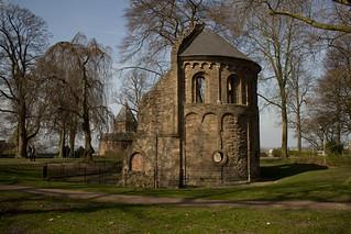 Nijmegen - Valkhof, Sint-Maartenskapel en Sint-Nicolaaskapel