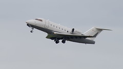 D-AAAY Canadair Challenger 604 (2) (Disktoaster) Tags: dus düsseldorf airport flugzeug aircraft palnespotting aviation plane spotting spotter airplane pentaxk1
