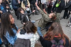 DSC07806.jpg (Reportages ici et ailleurs) Tags: frontnational lycéen paris macron election présidentielle élection seçim presidential manifestation contestation lepen