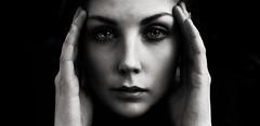 Marlene van He (Sam ♑) Tags: marlenevanhe sam modelwalk dortmund rombergpark frau bw sw black white schwarz weiss