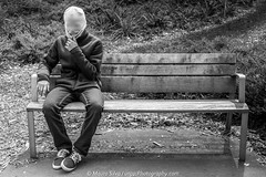 Faceless guy (//unpic Photography) Tags: people face faceless mask beanie street bench