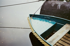 Boat (diseeease) Tags: porst uniflex 1000s analog film filmsnotdead ishootfilm pentacon boat river boot wasser water reflection