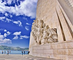 Marching onto the skies ... (somabiswas) Tags: padrãodosdescobrimentos monumenttothediscoveries lisbon portugal sculpture tagus river saariysqualitypictures