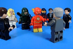 Heroes vs Agents (MrKjito) Tags: lego minifig super hero comic heros vs aliens dc flash arrow supergirl legends tomorrow white canary green atom agents government spy